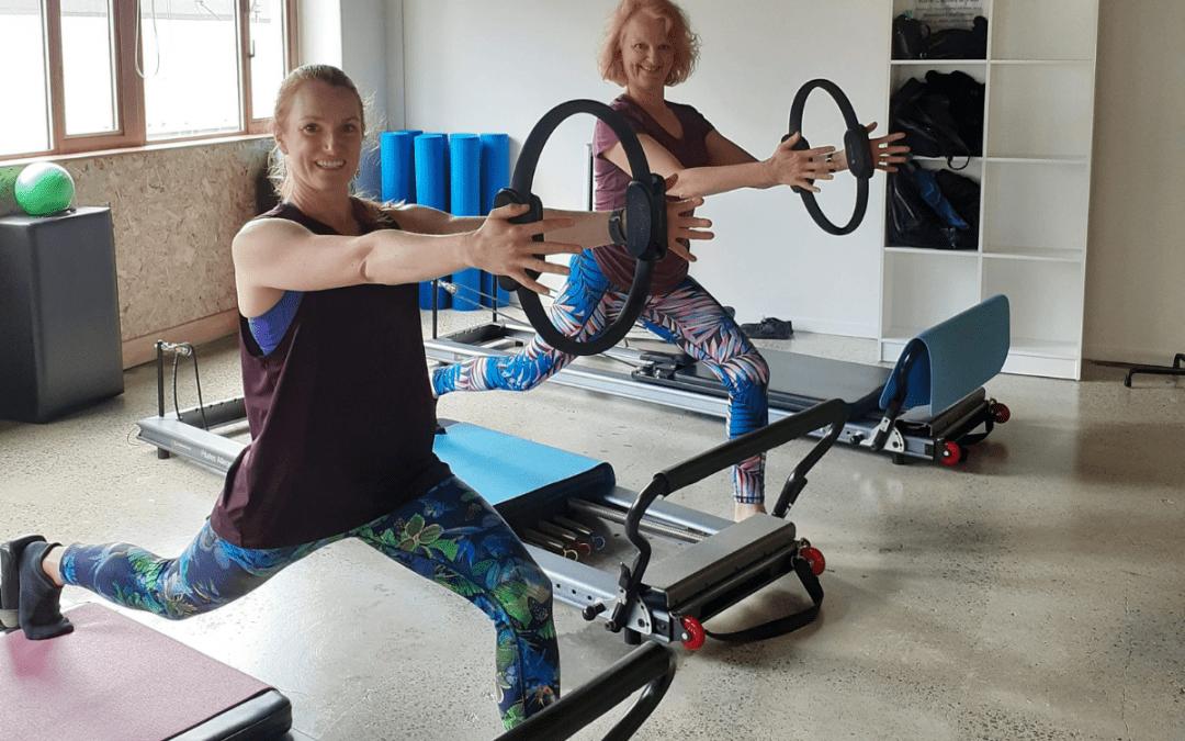 Pregnancy and postnatal pilates / yoga classes